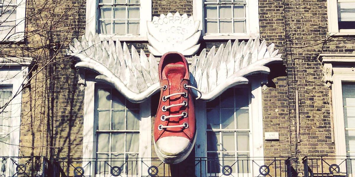 converse con alas