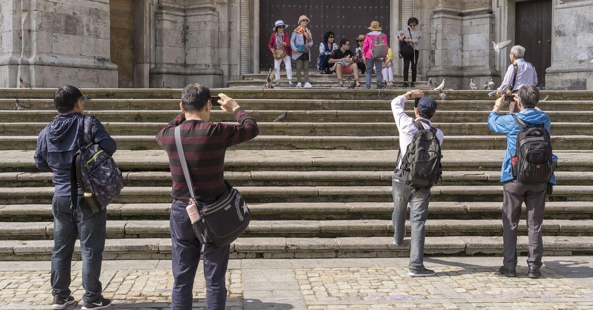 Turismo en cadiz con t de tragedias portada